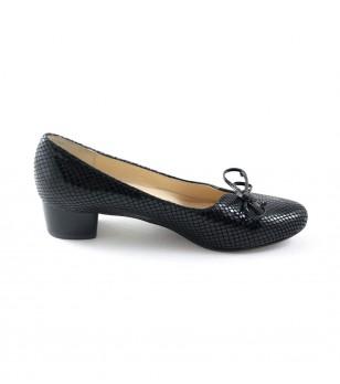 Черни дамски кожени обувки на ток Yasmina