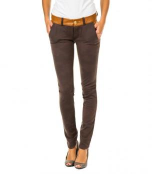 Дамски кафяв памучен панталон с камуфлажен принт