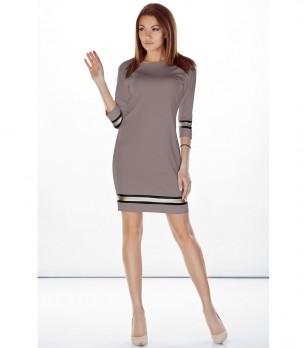 Бежова рокля с контрастни кантове Grisa