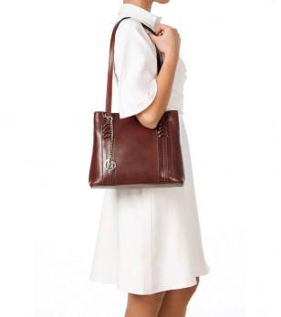 Кафява кожена чанта с две отделения