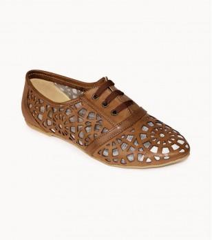 Кожени обувки в кафяво с връзки
