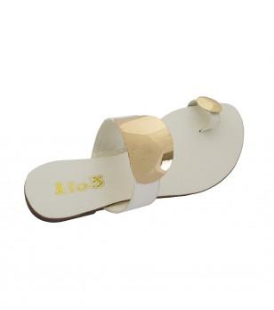 Бели дамски чехли със златисти декорации