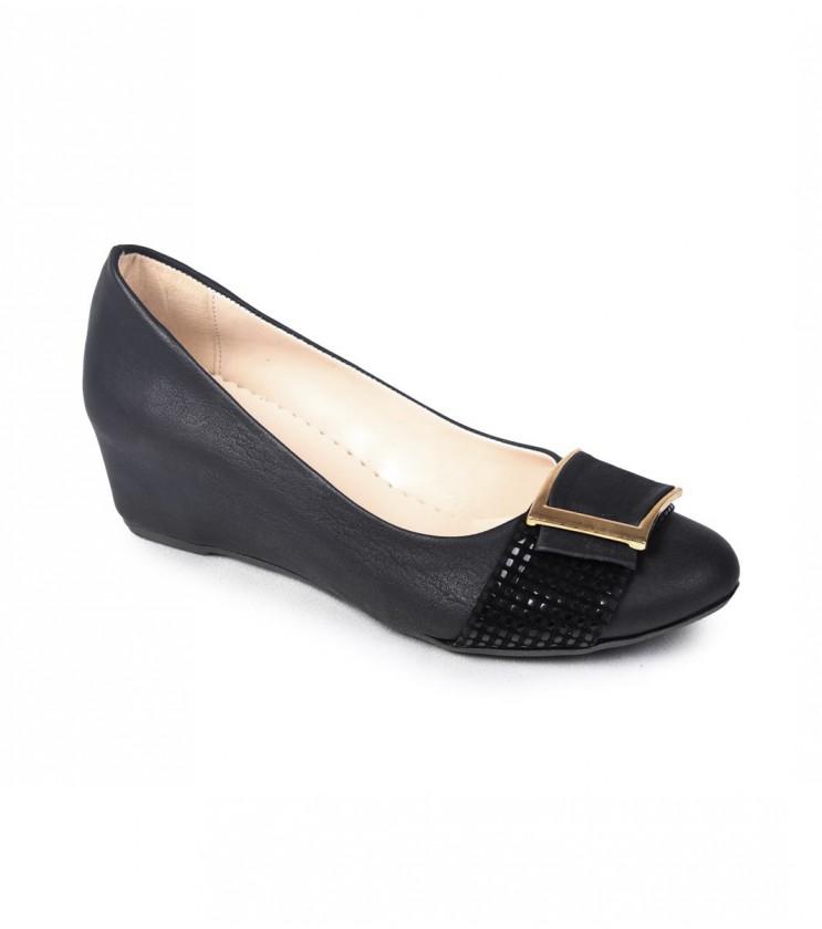 Черни кожени обувки с платформа