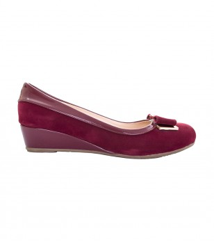 Кожени обувки в цвят бургунд